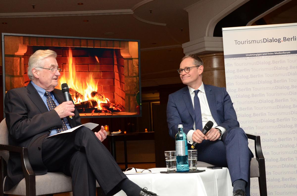 Michael Müller, Regierender Bürgermeister Von Berlin, Und Gerd Appenzeller (l.), Berater Der Chefredaktion