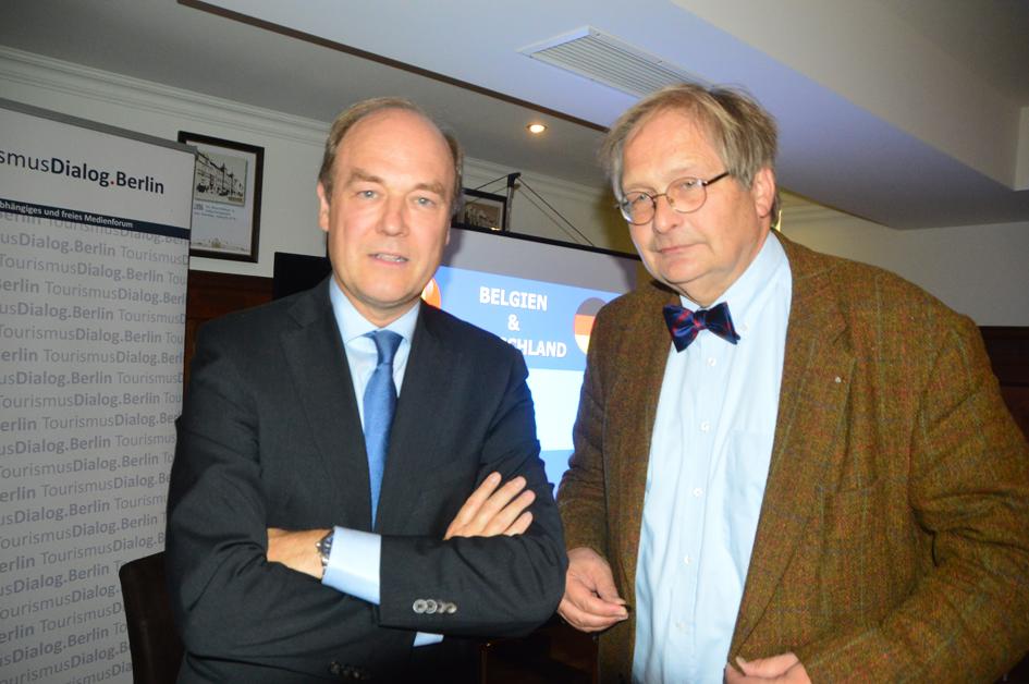 S.E. Willem Van De Voorde, Botschafter Des Königreiches Belgien, Im Gespräch Mit Rainer Schubert, Chefredakteur Des Magazins Business & Diplomacy (r./Foto: Udo Lauer)